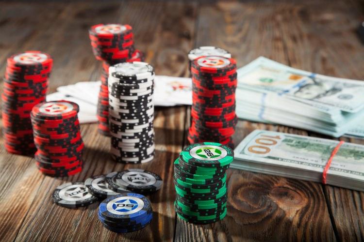 Онлайн покер как вид заработка онлайн бесплатно играть в карты на раздевание